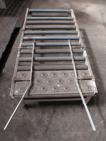 1560 mm Long Roller Conveyor