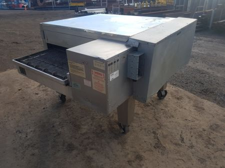 Lincoln Conveyor Fed Oven