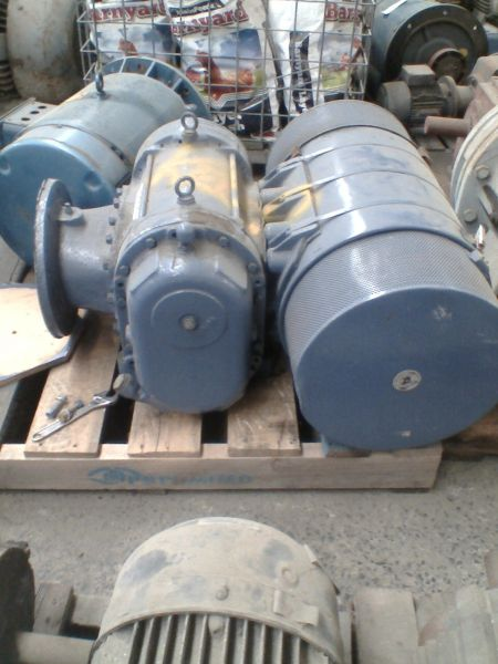 Large Vacuum Pump W Rietveld Ltd
